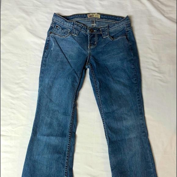 BKE ladies X LONG size 30 jeans
